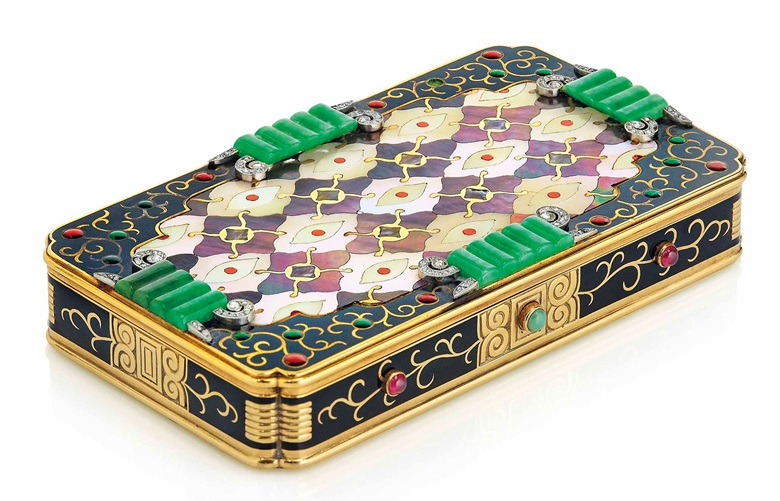 An Art Deco multi-gem vanity case, by Van Cleef & Arpels. Estimate CHF45,000-65,000. This lot is offered in Beyond Boundaries Magnificent Jewels from a European Collection on 13 November 2017  at Christie's in Geneva