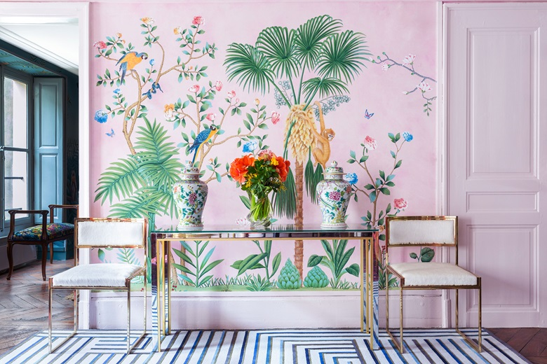 de Gournay hand-painted 'Amazonia' chinoiserie wallpaper on Pink painted Xuan paper. From £921 per panel (915 mm width). Photo Marian Medvedeva