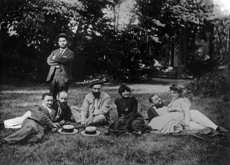 Les Nabis at Stephane Natanson's house in Villeneuve-sur-Yonne, south-east of Paris, c. 1898. Standing Cipa (half-brother of Misia Natanson). Seated, from left Felix Valloton, Édouard Vuillard, Stephane Natanson, Marthe Mellot, Thadée Natanson and Misia Natanson. Photo © Tallandier  Bridgeman Images
