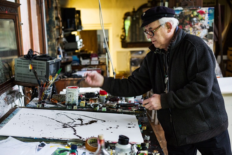Ralph Steadman in his Maidstone studio, practising a signature style that Rolling Stone magazine described as 'slashing and gleefully spattered, rooted invariably in the notion that its all unremittingly horrible.' Photograph by Rikard Österlund, www.rikard.co.uk