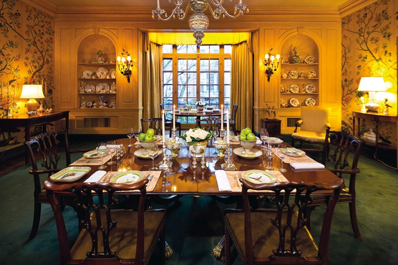 The dining room in the familys New York townhouse, featuring one of the many superb dinner services offered in the sales