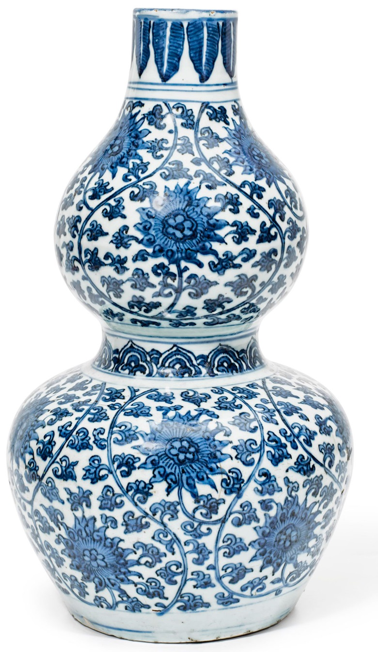 A blue and white double-gourd lotus vase, Jiajing period (1522-1566). Estimate $2,000-3,000. This lot is offered in The Art of China Online Winter Sale, 30 November to 7 December 2017, Online