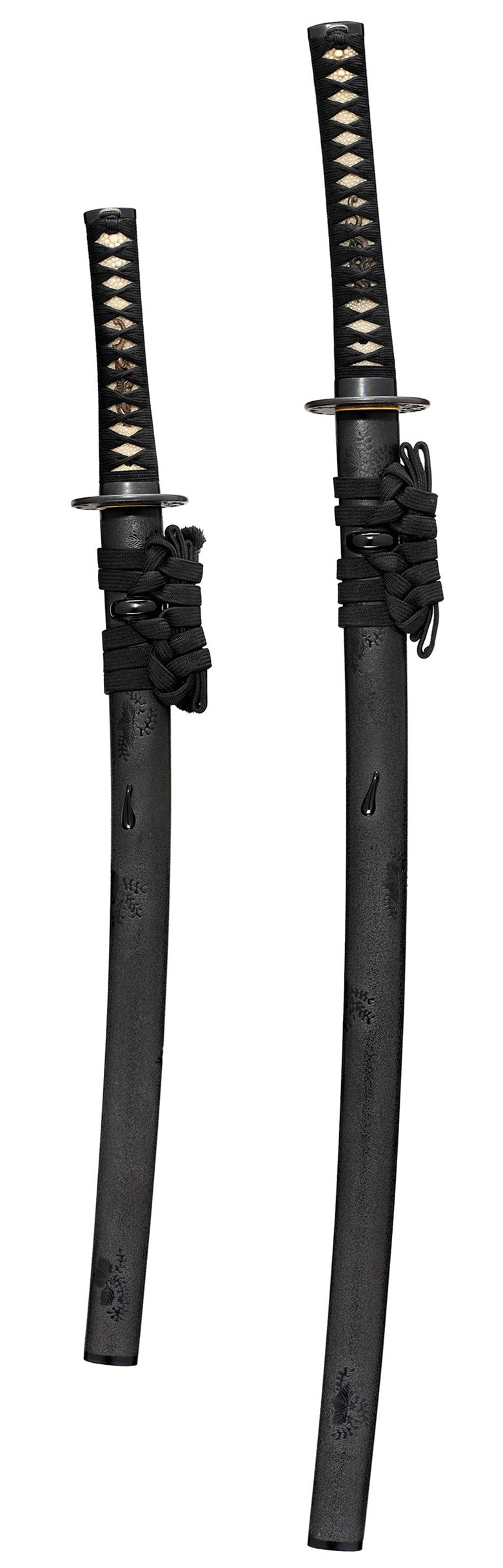 A sanpin daisho [matching pair of swords], Edo period (17th century). Estimate                    £5,000-7,000. This lot is offered in Arts of the Samurai the Dolphyn Collection, 6-13 December 2017, Online
