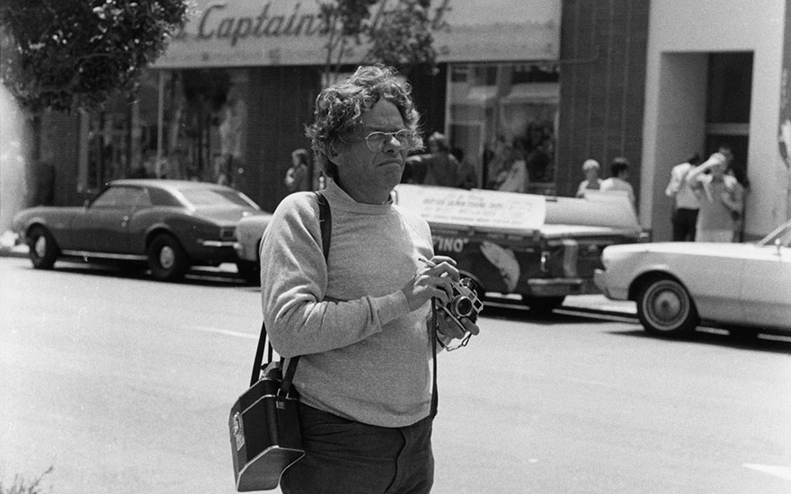 Garry Winogrand at work in San Francisco, 7 August 1972. Photo Fred W. McDarrahGetty Images