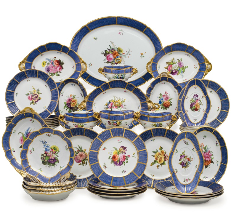 A Spode porcelain blue-ground part dinner and dessert service, circa 1810. Spode marks in various colours, pattern no. 1182. 20⅛ in (51.1 cm) wide, the oval platter. Estimate $12,000-18,000. This lot is offered in The Collection of Peggy and David Rockefeller in Spring 2018 at Christie's in New York