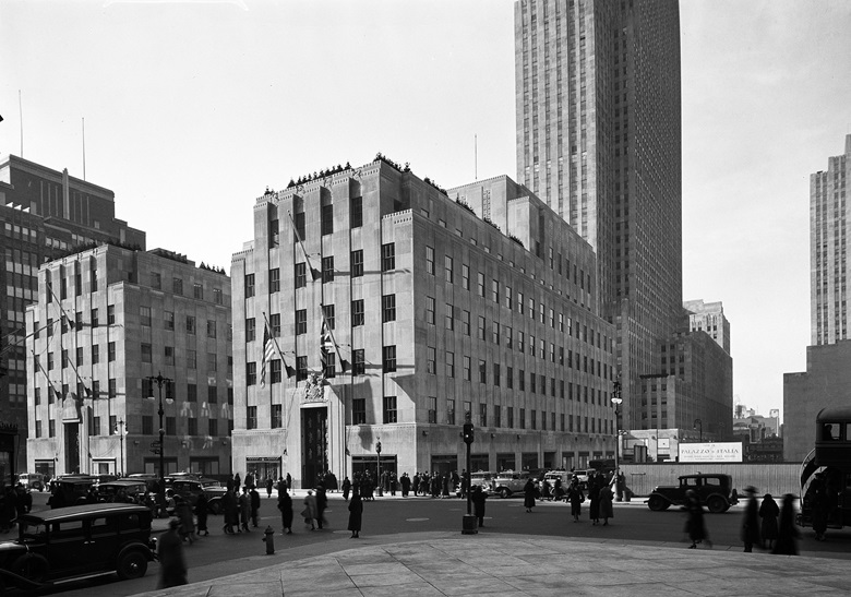 The British Empire Building, centre, with the RCA Building (tower) in the background. To the left of the British Empire Building is the French Building (La Maison Française). Photographed 26 January 1934. Photo MCNYSamuel H. GottschoGetty Images