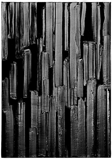 Pierre Soulages (Rodez, 1919), Peinture, 2016. Acrylic on canvas. 181 x 128 cm (71.3 x 50.5 in). Courtesy Galerie Karsten Greve AG