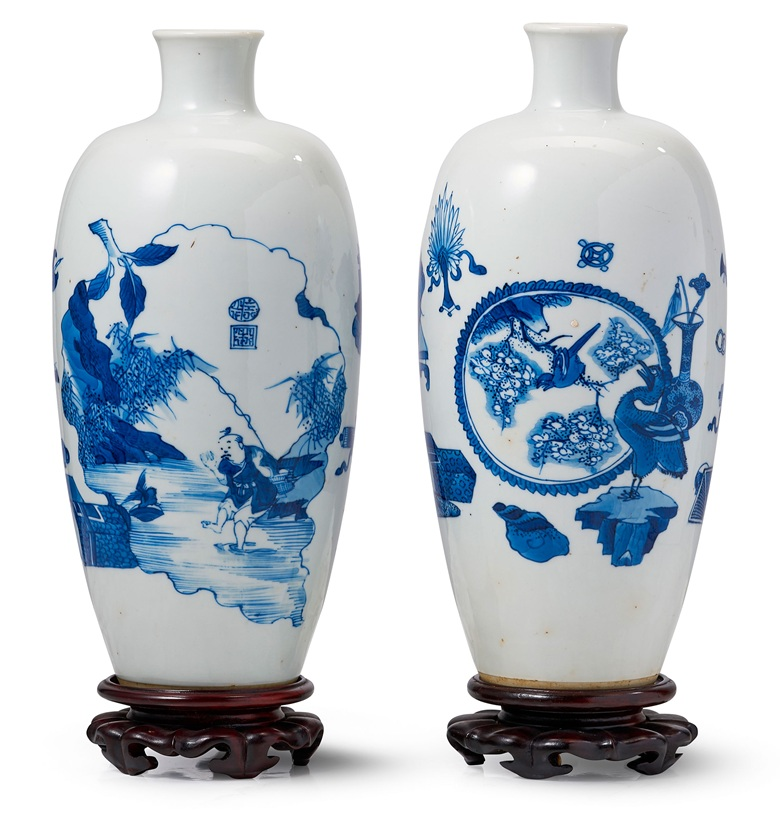 Two Blue And White Hundred Antiques Vases Kangxi Period 1662