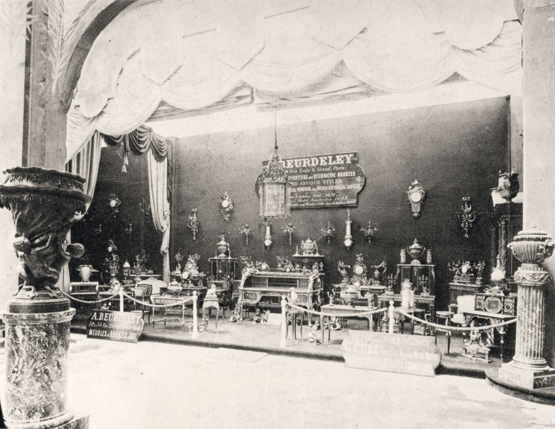 Beurdeley exhibited the Bureau du Roi exhibited at the Chicago World's Fair in 1893