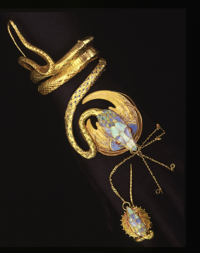 A Georges Fouquet snake bracelet, designed by Alphonse Mucha, sold in 1987 at Christie's in Geneva for CHF 1,045,000