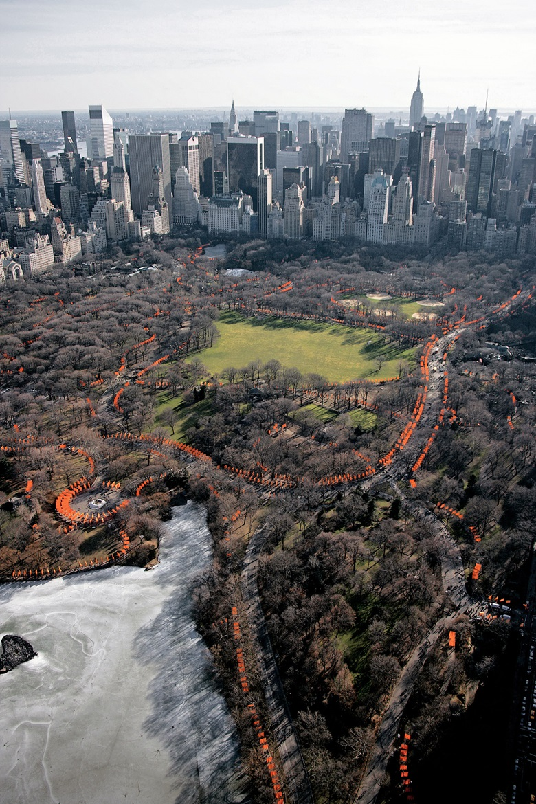 Aerial view of Christo and Jeanne-Claude, The Gates, Central Park, New York City, 1979-2005. Photo Wolfgang Volz. © 2005 Christo and Jeanne-Claude