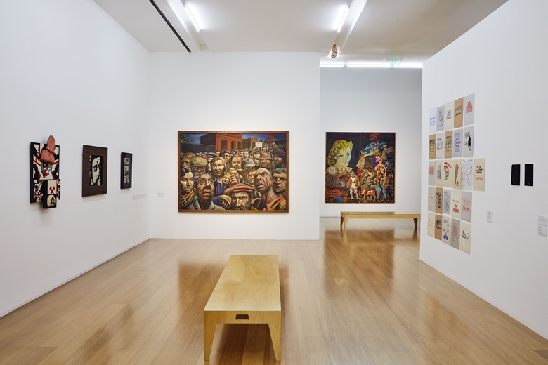 Installation view of Verboamérica at MALBA, including works by Antonio Dias, Claudio Tozzi, José Gurvich, Antonio Berni and Ana Gallardo. © Antonio Dias. © Claudio Tozzi. © José Gurvich, Sin título o Composición constructiva, circa. 1964-1965. Courtesy José Gurvich Foundation, Montevideo-Uruguay. © José-Antonio Berni, Argentina. © Ana Gallardo, courtesy of Machete.
