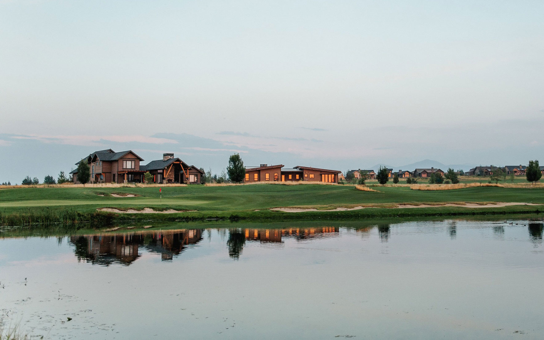 Luxury Living Homes for golfers