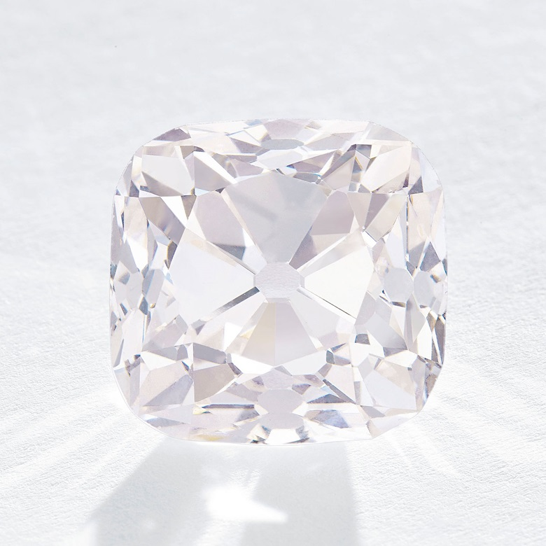 Le Grand Mazarin — an historic coloured diamond. Sold for CHF 14,375,000 on 14 November 2017 at Christie's in Geneva