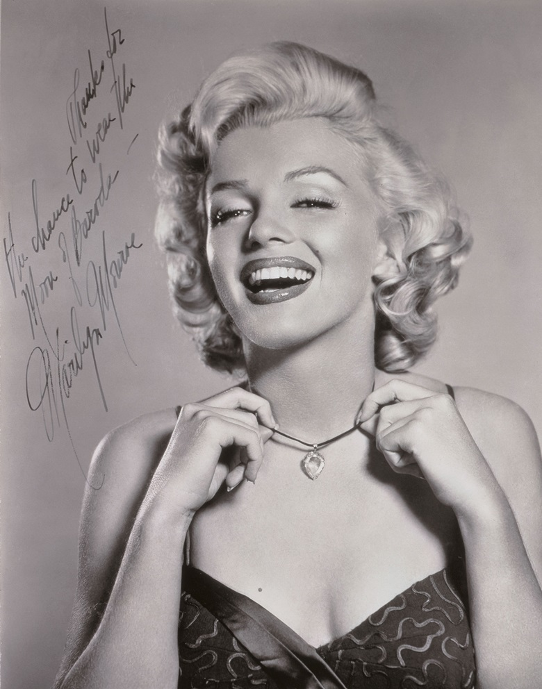 A 1953 autographed photo of Marilyn Monroe wearing the 24-carat stone will be offered alongside the Moon of Baroda on 27 November in Hong Kong