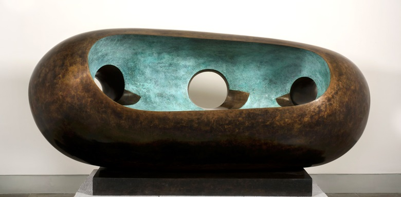 Barbara Hepworth, River Form (BH 568), conceived in 1965 and cast in 1973 in an edition of 3 + Artist's proof (this cast 33) signed and numbered on the base Barbara Hepworth 33 bronze. 89 x 187 x 77 cm. Private Collection, courtesy Simon C. Dickinson, Ltd.