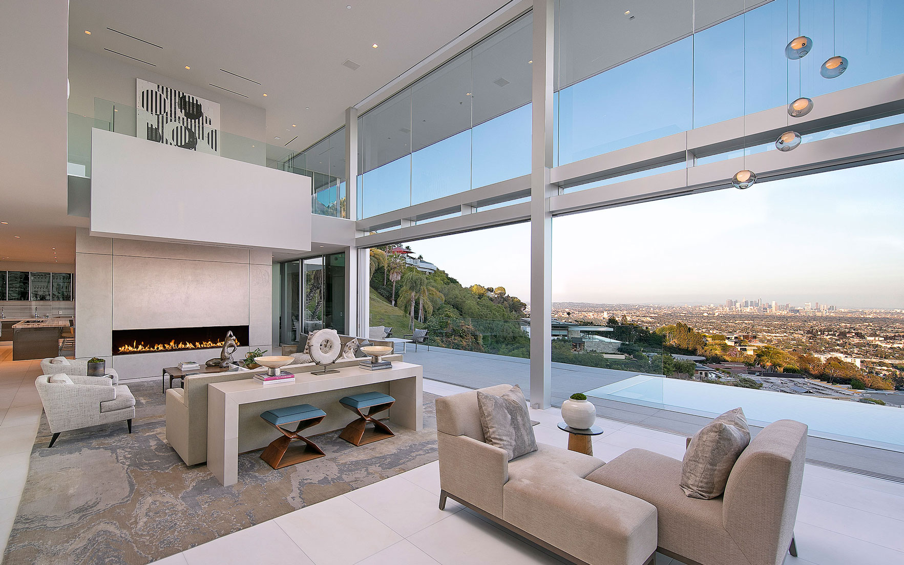 Luxury Living: Skyline views