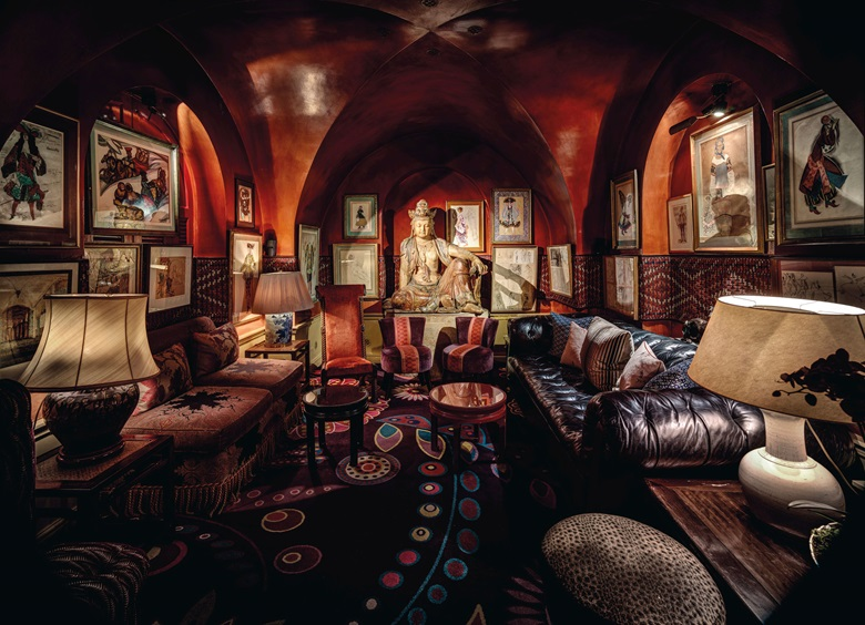 Christian Voigt's photograph of the Buddha Room at Annabel's, featuring the legendary bodhisattva
