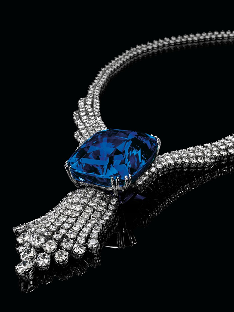 A spectacular sapphire and diamond necklace. Sold for CHF 16,965,000 on 11 November 2014 at Christie's in Geneva