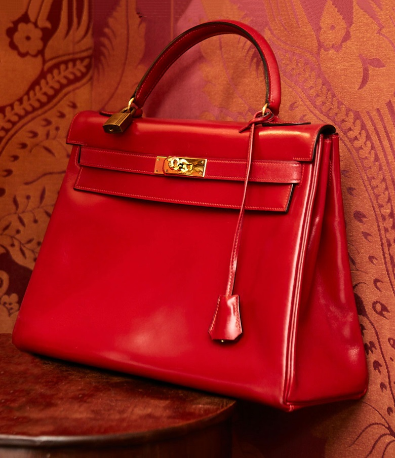fb7a4f4f50b A Rouge Vif calf box leather Retourné Kelly 32 with gold hardware
