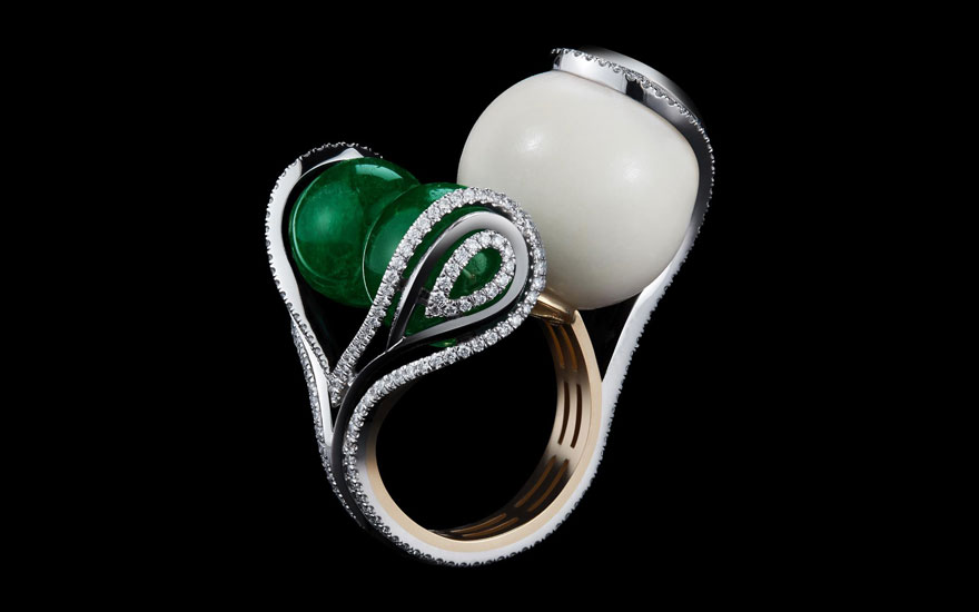 Alexandra Mor, one-of-a-kind Sphere Ring set with a pair of 18.15 carat ethically mined Muzo mine emerald beads and 16.80 carat wild tagua seed bead. Platinum set on 18 carat yellow gold. Ring size