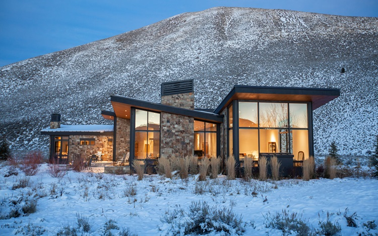Luxury Living: Homes for skier auction at Christies