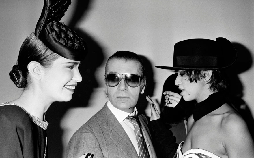Karl Lagerfeld and models on 23 March 1985 at the end of the Chanel Autumn-Winter 19851986 ready-to-wear collection show in Paris. Photo PIERRE GUILLARD  AFP  Getty Images