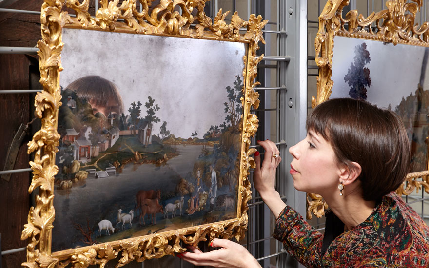 5 minutes with… A pair of Chinese Export reverse mirror paintings