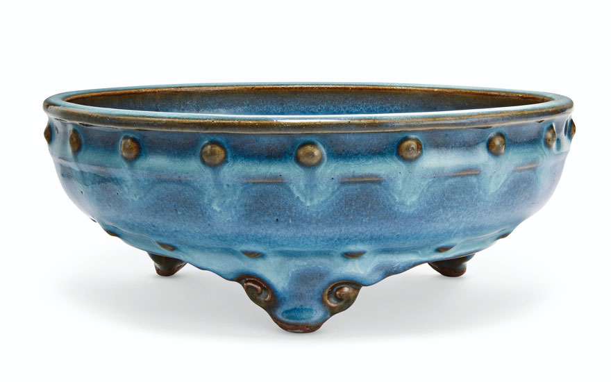 A very rare 'Number three' Jun tripod 'narcissus' bowl, Yuan-Ming dynasty, 14th-15th century. 8¼ in (21.3 cm) diameter, Japanese wood box. Sold for $399,000 on 22 March 2019 at