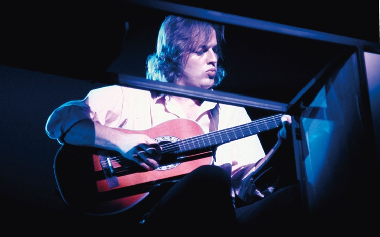 Unplugged — David Gilmour and  auction at Christies