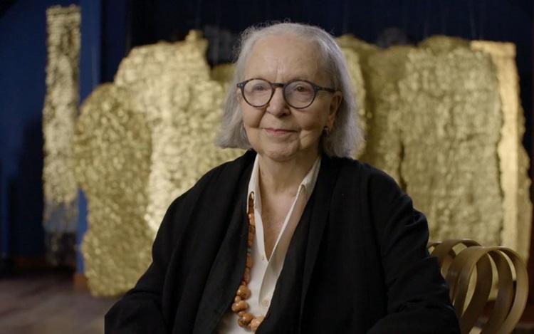 Studio visit: Olga de Amaral auction at Christies