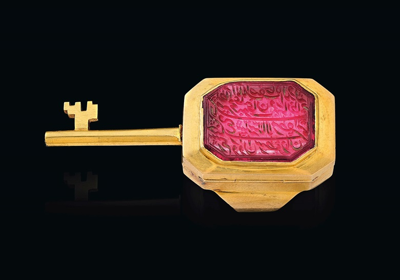 An antique spinel and gold seal ring with hidden key. Mid-to-late 19th century. Estimate $40,000-60,000. Offered in Maharajas & Mughal Magnificence on 19 June 2019 at Christie's in New York