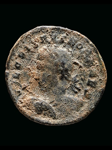 Found amongst the hoard offered at Christie's, a coin featuring a portrait of the Roman Emperor Crispus