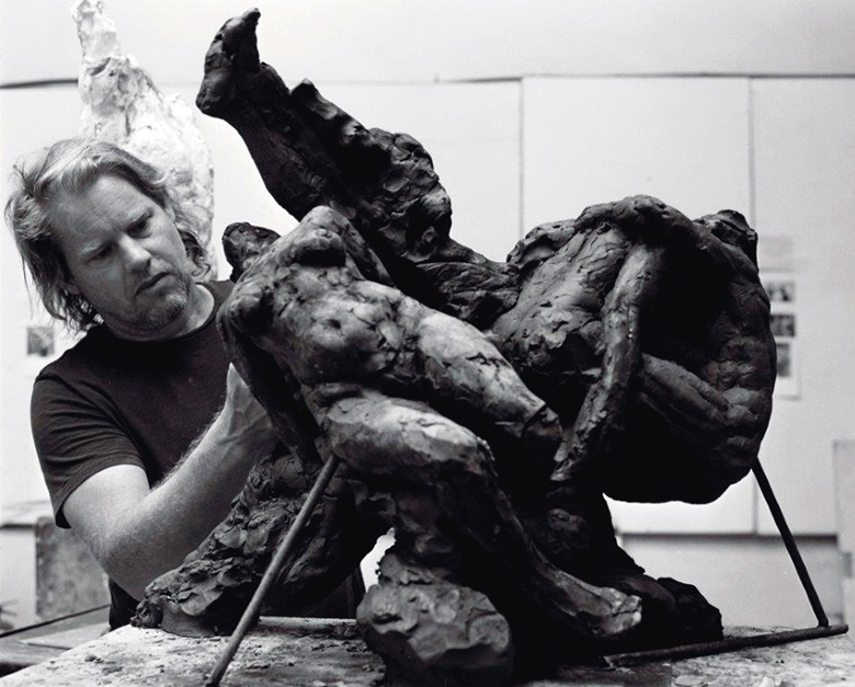 Dylan Lewis working on a clay prototype. Artwork © Pardus Fine Art CC. Photo © Kent Andreasen