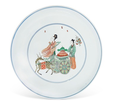 A large famille verte dish, Kangxi period (1662-1722). Diameter 15⅝  in (39.6  cm). Estimate $30,000-50,000. Offered in Chinese Art from The Art Institute of Chicago  on 12 September 2019 at Christie's in New York
