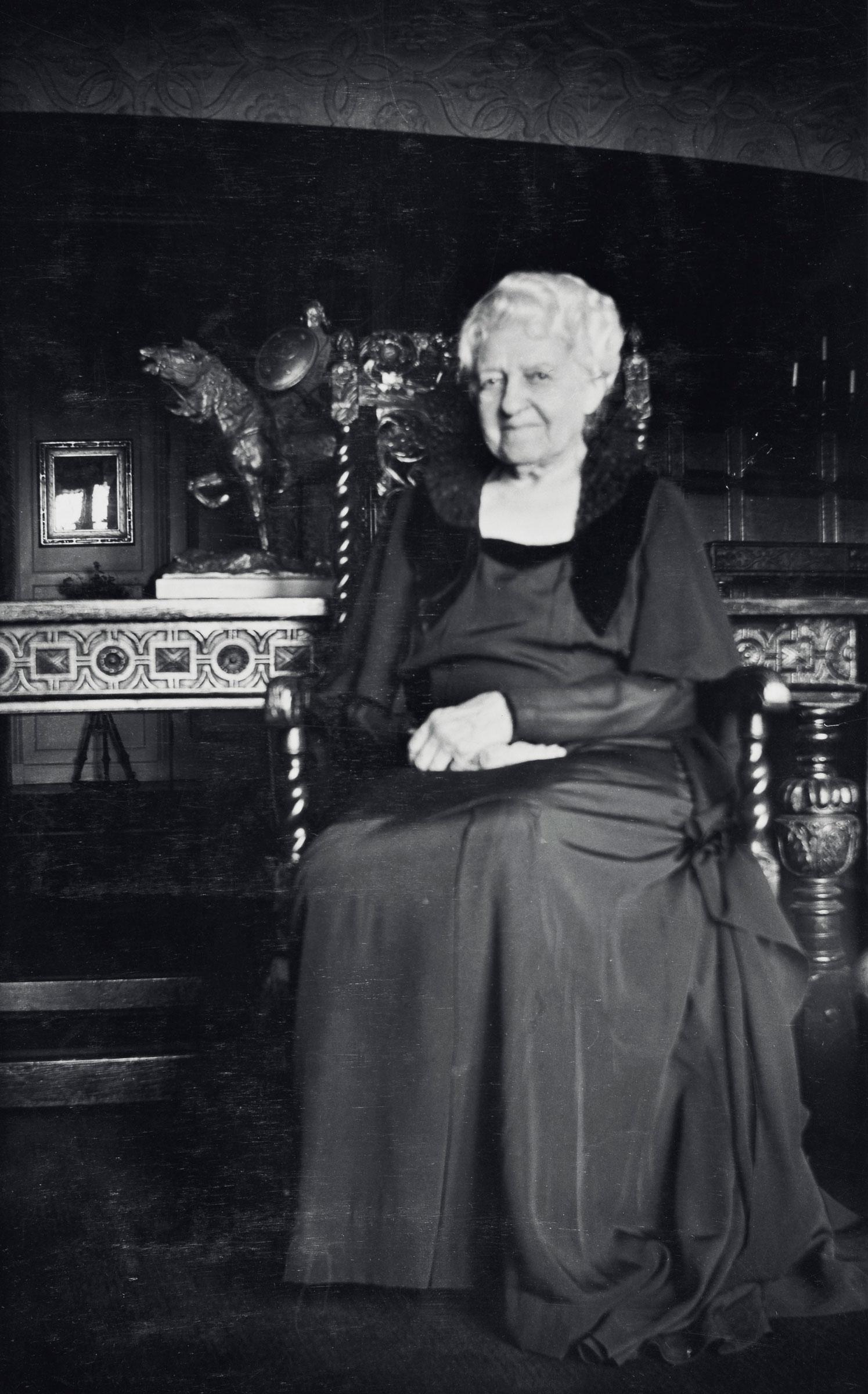 """凯特‧斯特奇斯‧白金汉(1858-1937)(也称为""""芝加哥最高贵的单身女子"""")捐赠一批豇豆红釉瓷器和其他珍藏予芝加哥艺术博物馆。© The Art Institute of Chicago"""