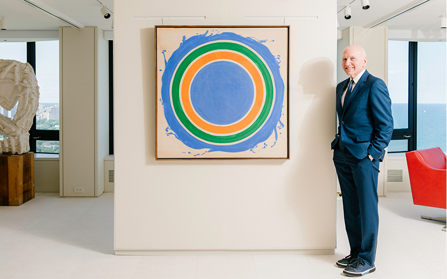 Robert Buford with Kenneth Noland's (1924-2010), Untitled, 1958-1959. Acrylic on canvas. 42 x 42 in (106.6 x 106.6 cm). Photo Peter Hoffman. Artwork © Estate of Kenneth NolandVAGA at ARS,