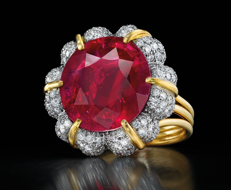 A sensational ruby ring by Verdura. Sold for $14,165,000 on 20 April 2016 at Christie's in New York