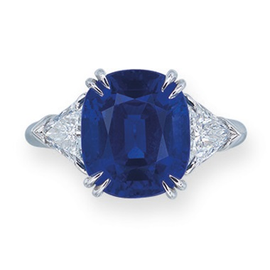A sapphire and diamond ring, Harry Winston. Estimate HK$4,800,000-6,500,000. Offered in Hong Kong Magnificent Jewels on 26 November 2019 at Christie's in Hong Kong