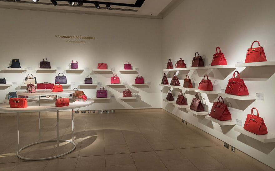 Virtual tour: Handbags & Acces
