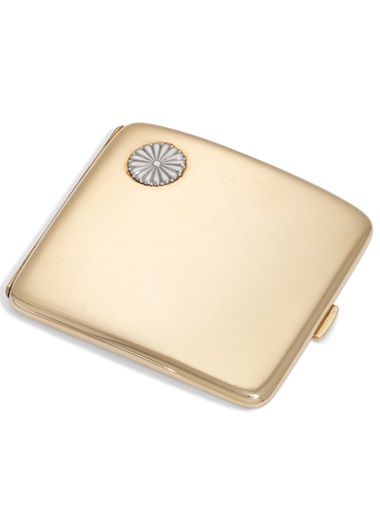 A Japanese gold cigarette case, mark of the Miyamoto Company, first half of the 20th century. 3⅜ in (85 mm) wide. Estimate £400-600. Offered in Property from Descendants of Their Majesties King George V and Queen Mary on 13 December 2019 at Christie's in London