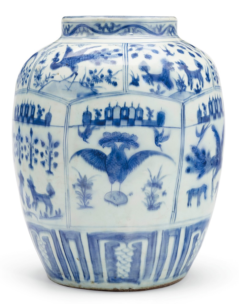 A rare Mexican blue and white jar, Wanli period, circa 1600. 14½ in (36.8 cm) high. Estimate $30,000-50,000. Offered in Chinese Export Art featuring the Tibor Collection, Part II on 23 January 2020 at Christie's in New York
