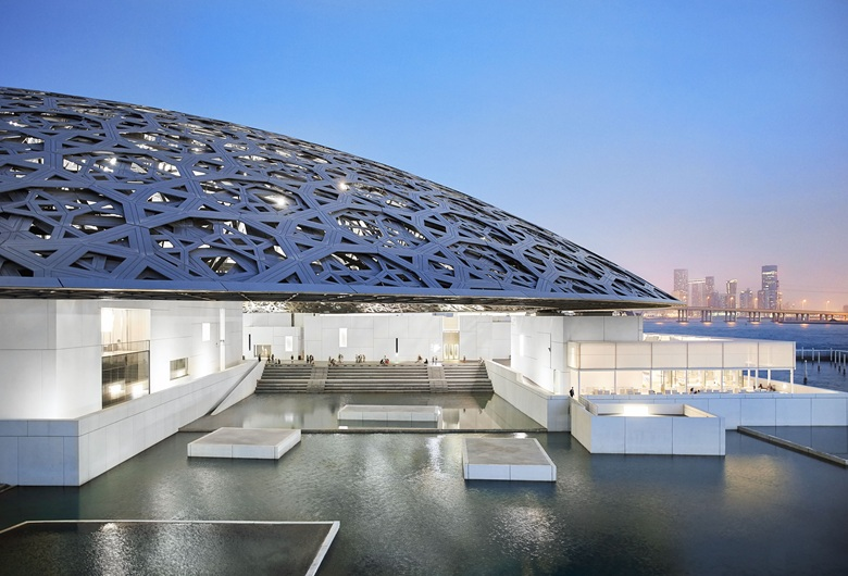 The Louvre Abu Dhabi. Photo © Department of Culture and Tourism Abu Dhabi. Photograph by Hufton+Crow