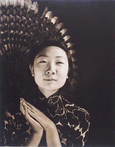 Imogen Cunningham, Shen Yao, Professor of Linguistics at the University of Hawaii, 1938. Gelatin silver print, mounted on board. Sheet 9½  x 7¾  in (24.1 x 19.6 cm). Estimate $2,000-3,000. Offered in From Pictorialism into Modernism 80 Years of Photography, 30 April-13 May, Online