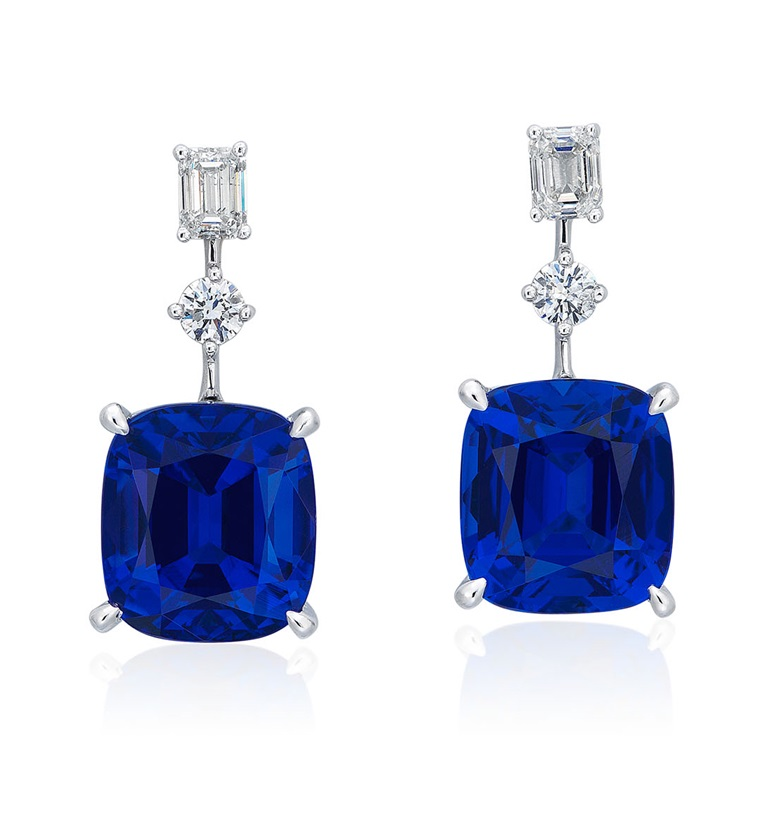 Tanzanite and diamond earrings. SizeDimensions 2.7 x 1.2 cm. Sold for HK$75,000 in Jewels Online, 24 September to 5 October 2020, Online