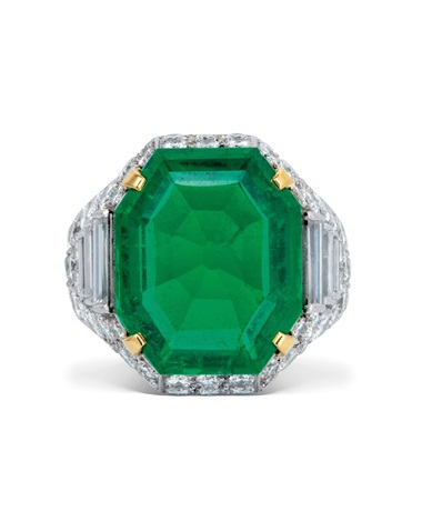 Emerald and diamond Trombino ring, by Bulgari. Estimate CHF 55,000-75,000. Offered in Magnificent Jewels on 10 November 2020 at Christie's in Geneva