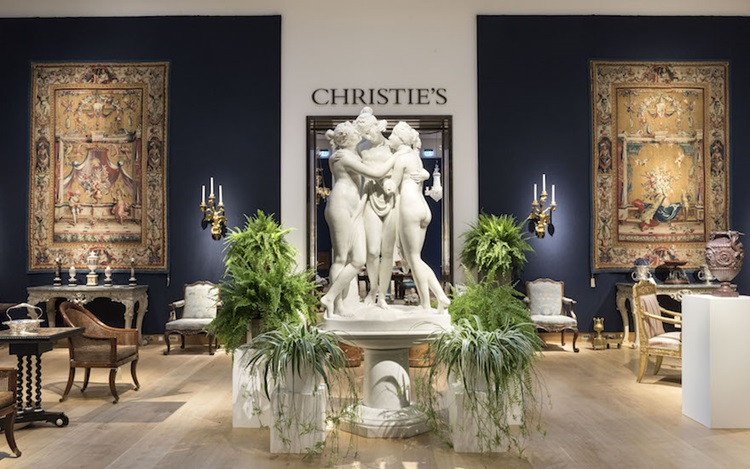 Virtual tour: The Collector  a auction at Christies