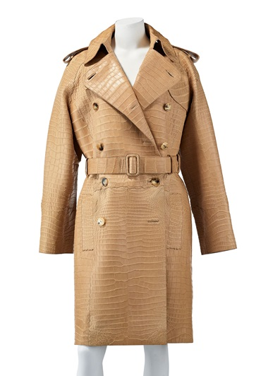 A matte poussière alligator trench coat, Hermès, from the collection of Susan Casden. Offered in Handbags & Accessories Online The New York Edition, 24 November-10 December 2020, Online