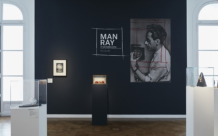 Virtual tour: Man Ray et les s auction at Christies